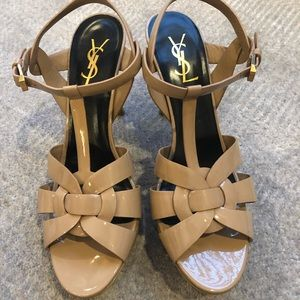 YSL nude patent attribute sandals 39.5 like new